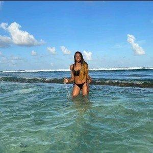 Ebony_valery
